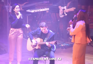 "[Music + Video] Sinach – ""I Express My Love"" ft. CSO"