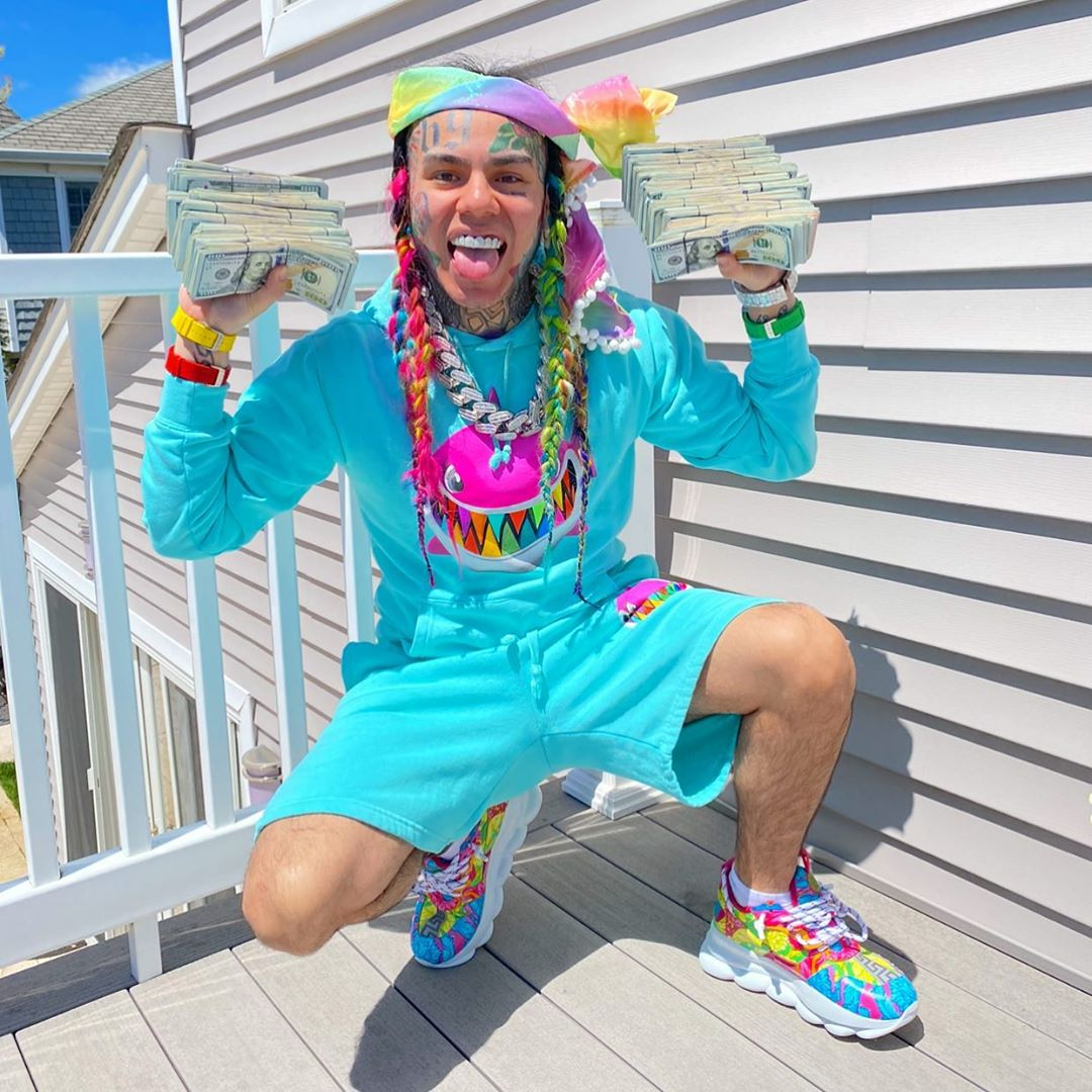 """""""You're A Lie And Currupt"""" – 6ix9ine Accuses Billboard Of Manipulating Charts (Video)"""